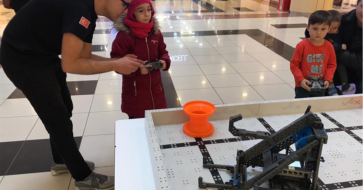 Mekatronik ve Robotik Laboratuvarı